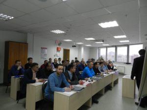 specialisty-za-partami-v-institute